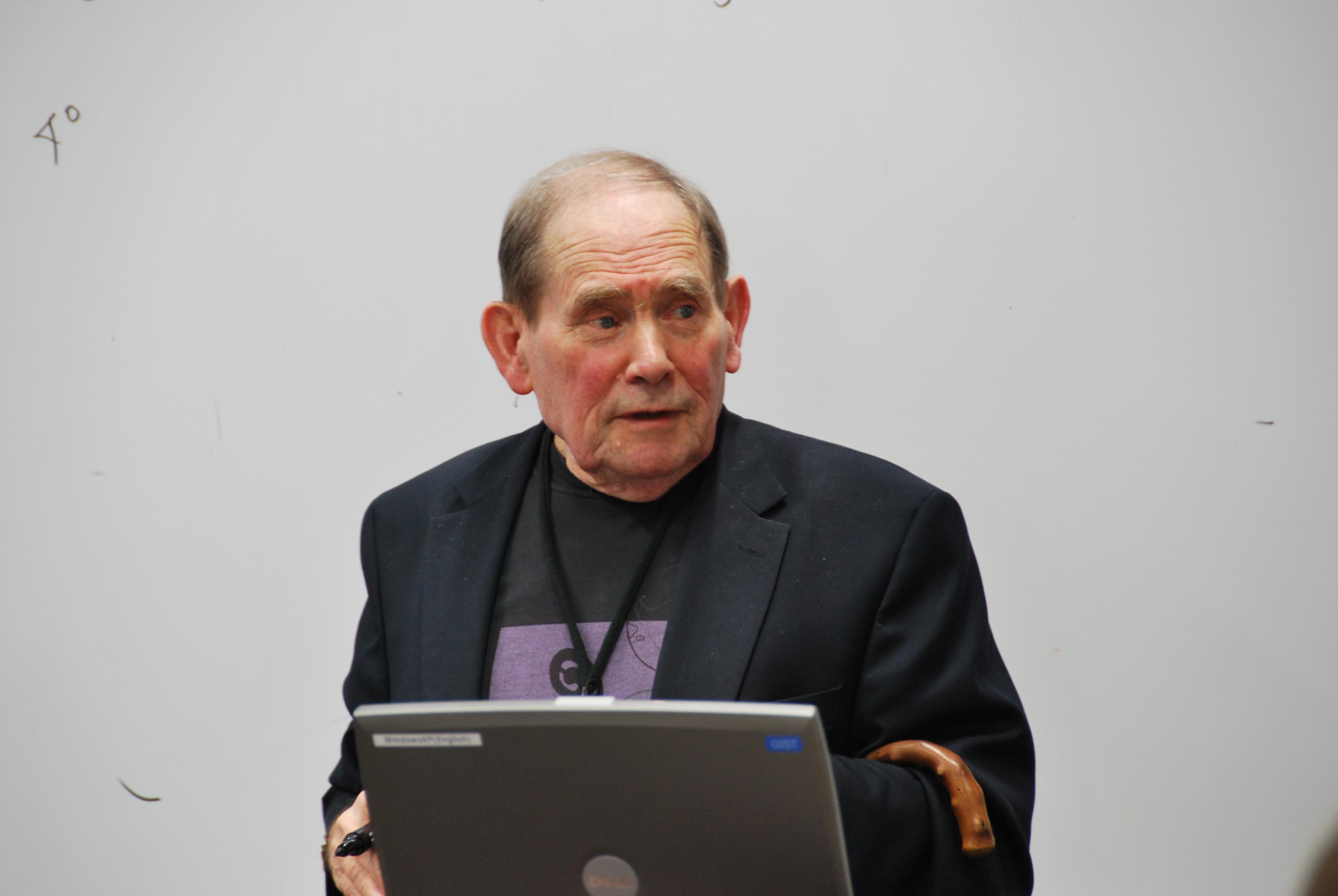 Tribute to C. elegans Nobel Prize : Sydney Brenner